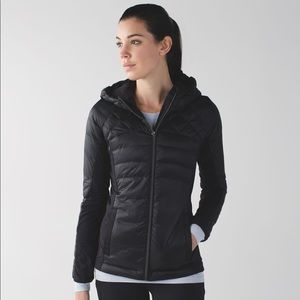 NWT Lululemon Down for a Run Jacket fits 8 & 6